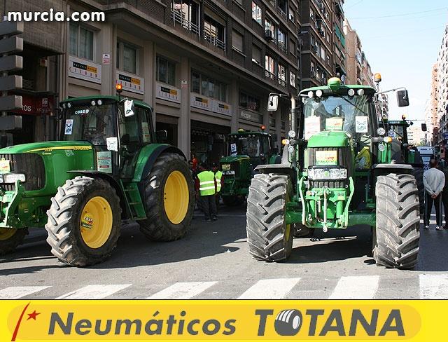 Cientos de miles de personas se manifiestan en Murcia a favor del trasvase - 1
