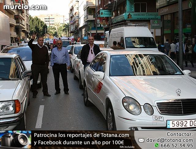 Cientos de miles de personas se manifiestan en Murcia a favor del trasvase - 11