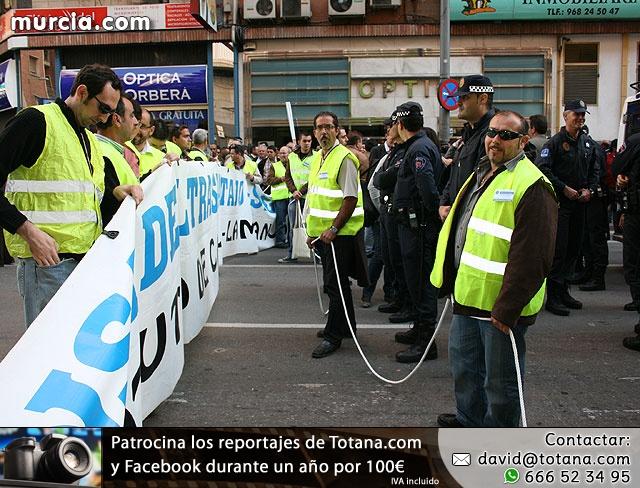 Cientos de miles de personas se manifiestan en Murcia a favor del trasvase - 15