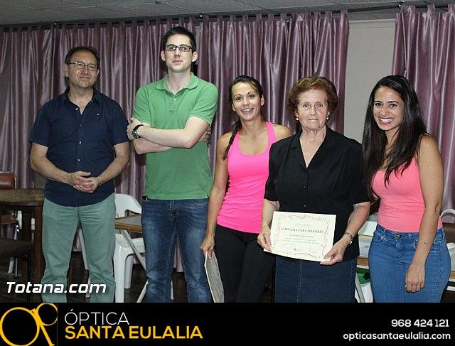 Clausura y entrega de diplomas del Programa de Gimnasia para Personas Mayores - 2015 - 31