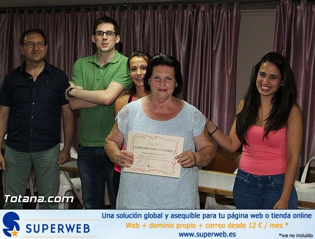 Clausura y entrega de diplomas del Programa de Gimnasia para Personas Mayores - 2015 - 34