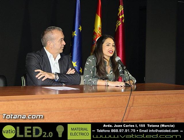 """Diplomas X promoción Bachillerato Internacional IES """"Juan de la Cierva"""" - 14"""