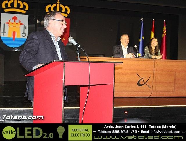 """Diplomas X promoción Bachillerato Internacional IES """"Juan de la Cierva"""" - 15"""