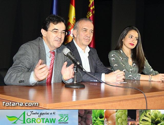 """Diplomas X promoción Bachillerato Internacional IES """"Juan de la Cierva"""" - 18"""