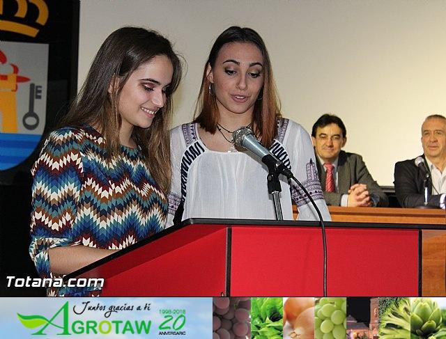 """Diplomas X promoción Bachillerato Internacional IES """"Juan de la Cierva"""" - 20"""