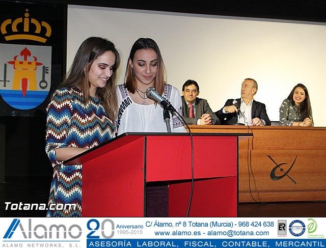 """Diplomas X promoción Bachillerato Internacional IES """"Juan de la Cierva"""" - 21"""