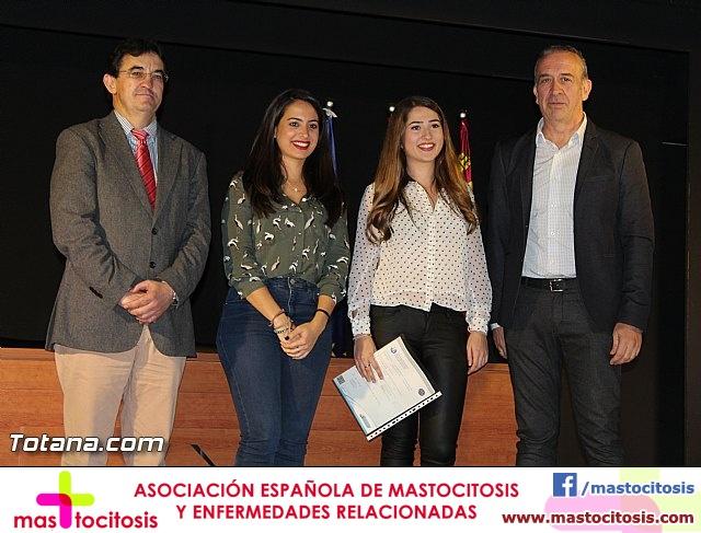 """Diplomas X promoción Bachillerato Internacional IES """"Juan de la Cierva"""" - 28"""
