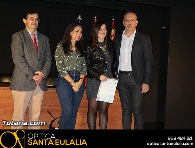 """Diplomas X promoción Bachillerato Internacional IES """"Juan de la Cierva"""" - 29"""
