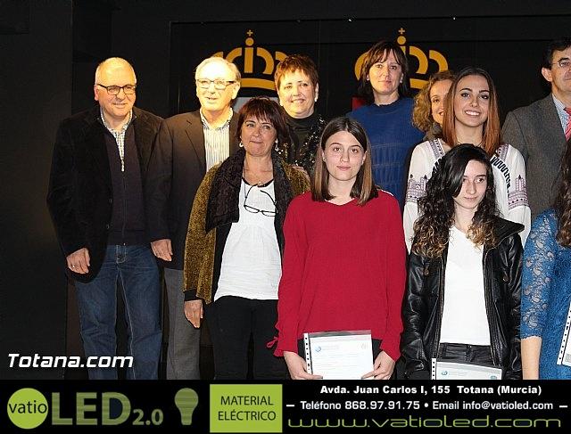 """Diplomas X promoción Bachillerato Internacional IES """"Juan de la Cierva"""" - 38"""