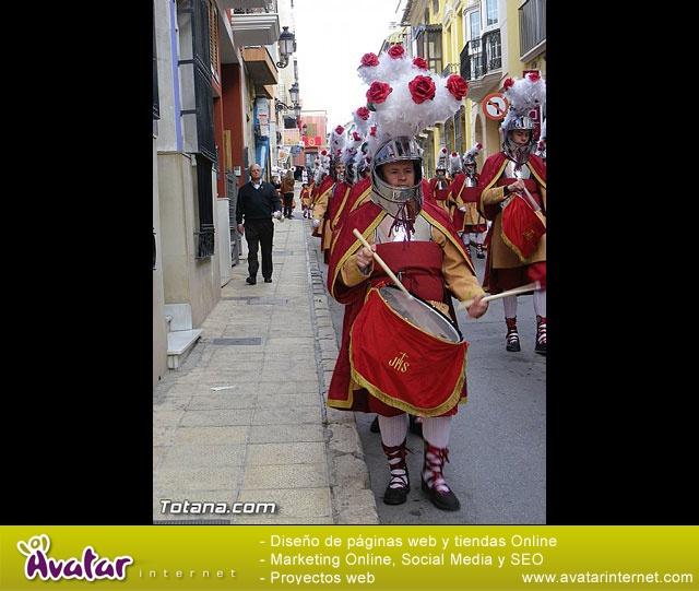 Entrega de la bandera a Los Armaos. Totana 2012 - 5