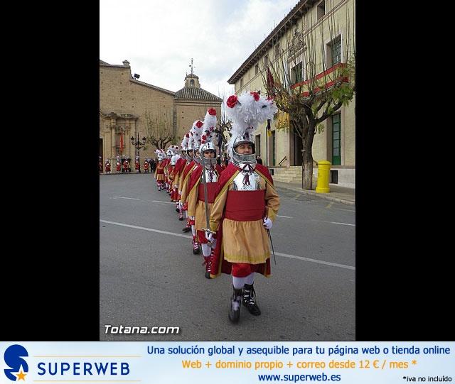 Entrega de la bandera a Los Armaos. Totana 2012 - 11