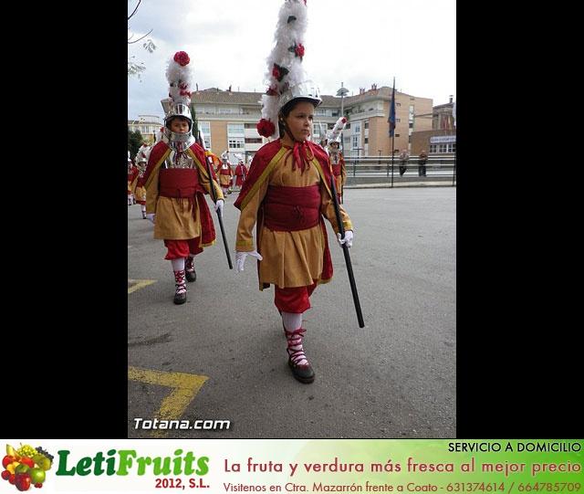 Entrega de la bandera a Los Armaos. Totana 2012 - 28