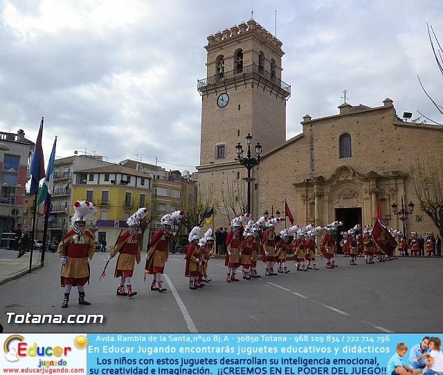 Entrega de la bandera a Los Armaos. Totana 2012 - 38