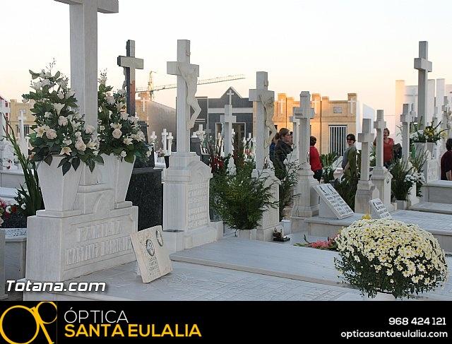 Cementerio. Días previos a Todos los Santos - 33