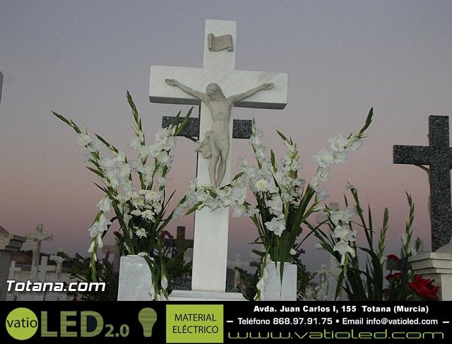 Cementerio. Días previos a Todos los Santos - 176