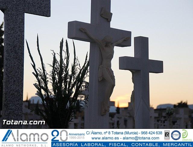 Cementerio. Días previos a Todos los Santos - 181