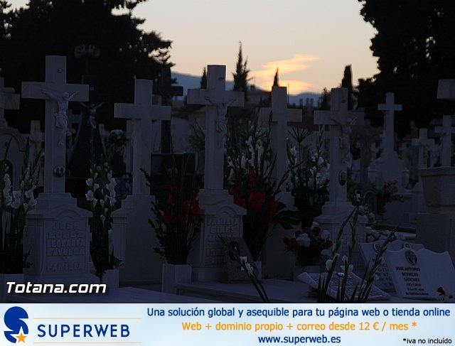 Cementerio. Días previos a Todos los Santos - 182