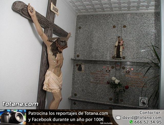 Cementerio. Días previos a Todos los Santos - 190
