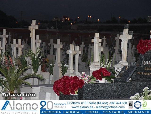 Cementerio. Días previos a Todos los Santos - 193