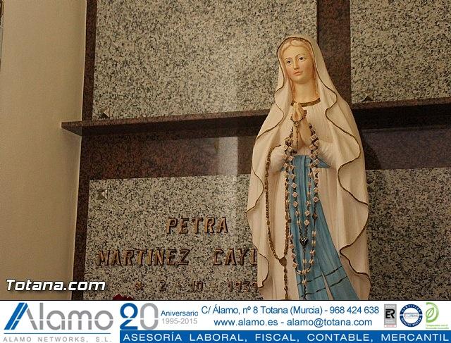 Cementerio. Días previos a Todos los Santos - 194