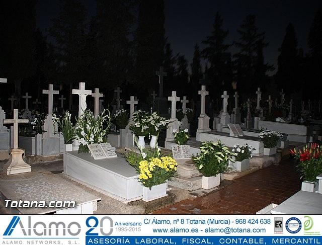 Cementerio. Días previos a Todos los Santos - 207