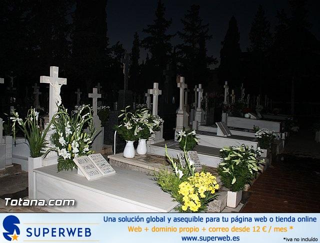 Cementerio. Días previos a Todos los Santos - 208