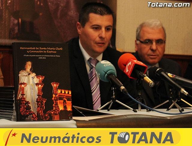 Presentación libro 175 aniversario Hdad. Santa María Cleofé - 21