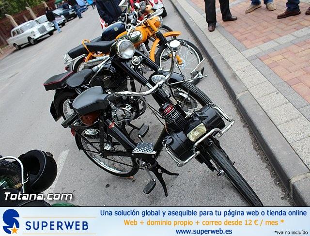 IX Concentración de Vehículos Clásicos. Fiestas de Santa Eulalia 2014 - 12