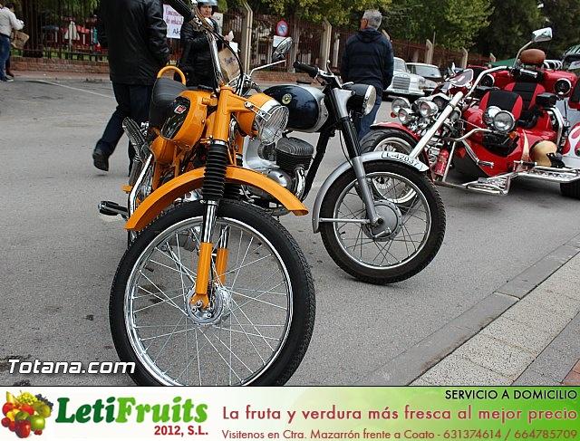 IX Concentración de Vehículos Clásicos. Fiestas de Santa Eulalia 2014 - 15