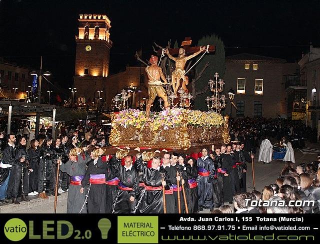 Traslado de los tronos a sus sedes (Calle Puente) . Viernes Santo 2018 - 4