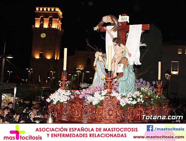 Traslado de los tronos a sus sedes (Calle Puente) . Viernes Santo 2018 - 18