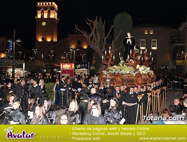 Traslado de los tronos a sus sedes (Calle Puente) . Viernes Santo 2018 - 28