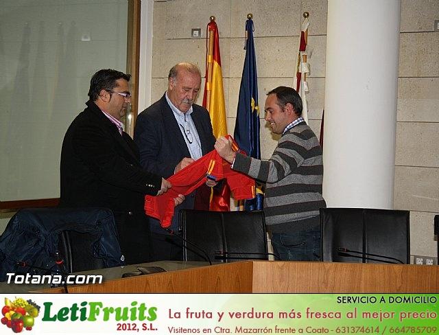 Vicente del Bosque apoya a las Enfermedades Raras en Totana - 5