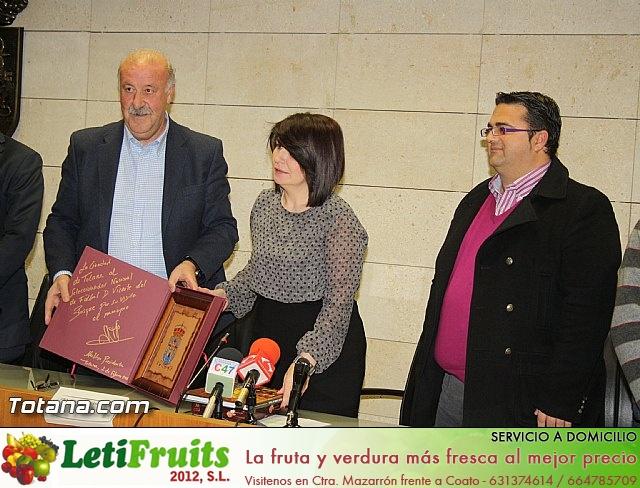 Vicente del Bosque apoya a las Enfermedades Raras en Totana - 10