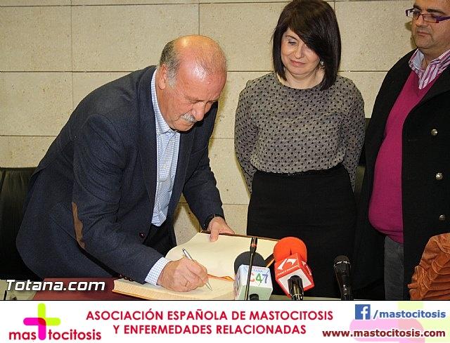 Vicente del Bosque apoya a las Enfermedades Raras en Totana - 14