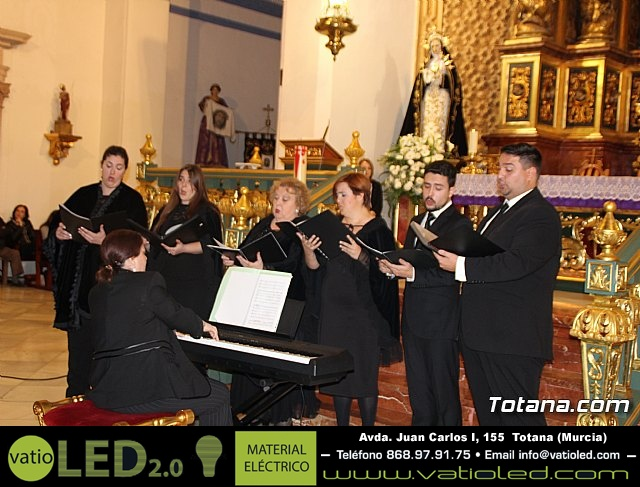 """Canto de """"Los siete dolores de María"""" - Coral Musicatesem - Viernes de Dolores 2017 - 12"""