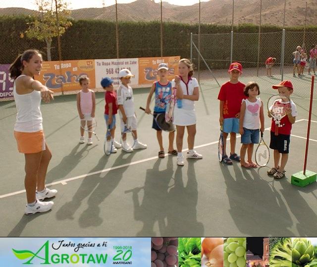 Clausura del curso 2011-2012 de la Escuela del Club de Tenis Totana - 1