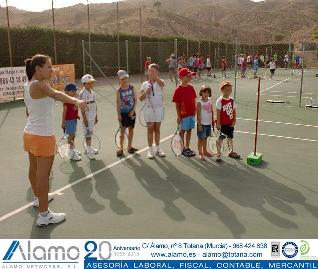 Clausura del curso 2011-2012 de la Escuela del Club de Tenis Totana - 2