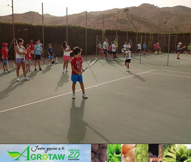 Clausura del curso 2011-2012 de la Escuela del Club de Tenis Totana - 33