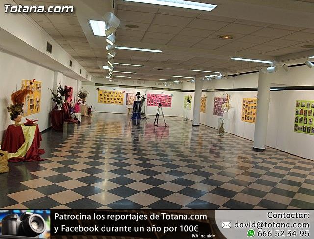Una exposición fotográfica conmemora el 30 aniversario de los Carnavales de Totana  - 1