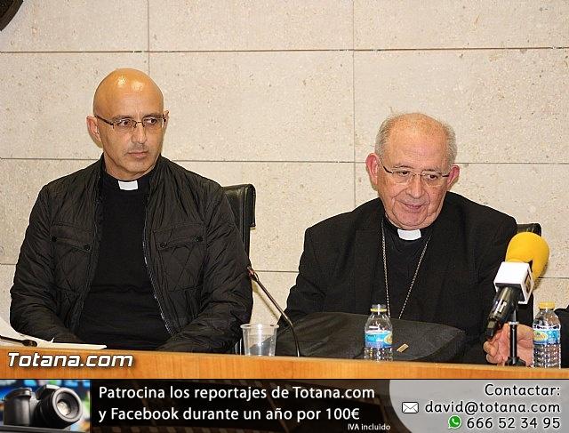 Recepción institucional a Mons. D. Francisco Gil Hellín, Arzobispo Emérito de Burgos  - 4
