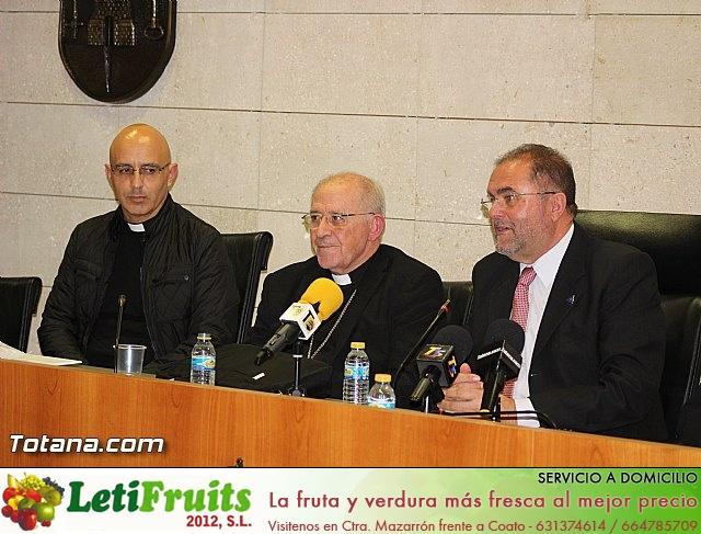 Recepción institucional a Mons. D. Francisco Gil Hellín, Arzobispo Emérito de Burgos  - 11