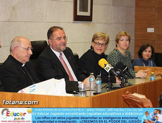 Recepción institucional a Mons. D. Francisco Gil Hellín, Arzobispo Emérito de Burgos  - 12
