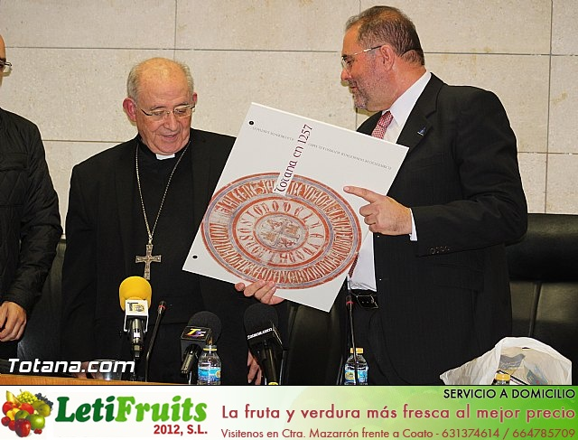 Recepción institucional a Mons. D. Francisco Gil Hellín, Arzobispo Emérito de Burgos  - 20