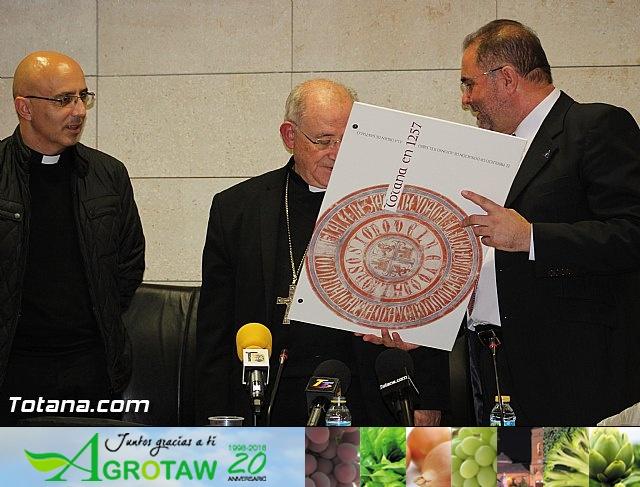 Recepción institucional a Mons. D. Francisco Gil Hellín, Arzobispo Emérito de Burgos  - 21