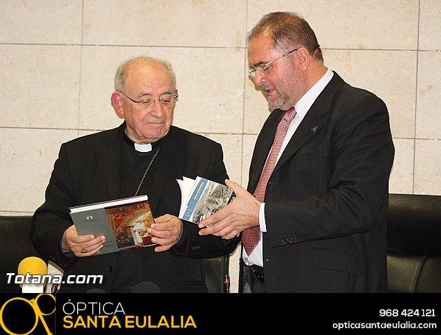 Recepción institucional a Mons. D. Francisco Gil Hellín, Arzobispo Emérito de Burgos  - 24