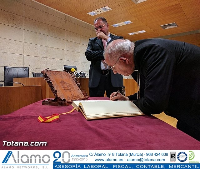 Recepción institucional a Mons. D. Francisco Gil Hellín, Arzobispo Emérito de Burgos  - 31
