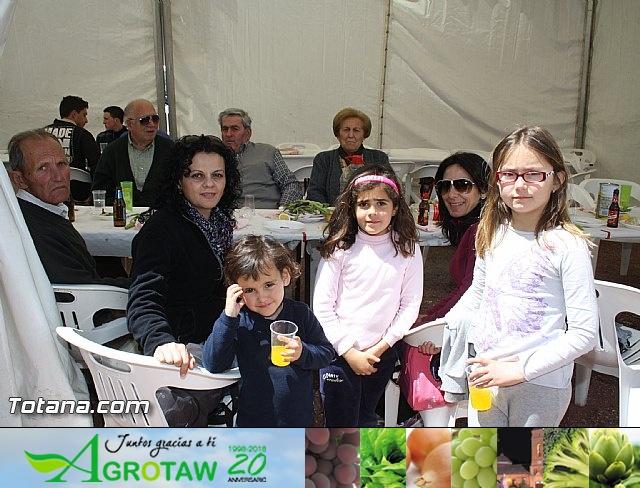 Jornada de convivencia en La Santa. Hermandades y Cofradías. 14/04/2012 - 38
