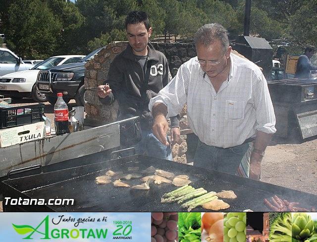 Jornada de convivencia en La Santa. Hermandades y Cofradías. 15/04/2012 - 4