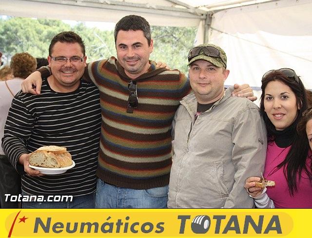 Jornada de convivencia en La Santa. Hermandades y Cofradías. 15/04/2012 - 23